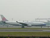 自己拍攝的飛機照片:01華航 A330-300 01