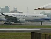 自己拍攝的飛機照片:01華航 A330-300 02