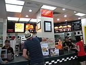 2009-10-29 峇里島/NATALIE SPA/MATAHARI(太陽百貨)/:499-先到麥當勞用簡單的午餐.JPG