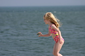 101年7月 「Fun暑假」相簿主題投稿活動:[prelude_2007] Little Girl at CAPE MAY