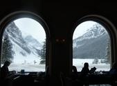 103年03月 「雪跡」相簿主題投稿活動:露易絲湖10飯店餐廳的窗.JPG <a target='_blank' href='/cloudheart64/6257620'>[更多cloudheart64的照片]</a>