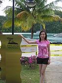 帛琉五日遊-Day3.4大斷層-長灘島-硬珊瑚區-鯊魚城 :老爺飯店的私人海灘因在整修,暫時關閉