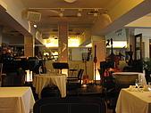 大提琴聲音廚房&貓空纜車:專業的表演場地,天花板有裝吸音板