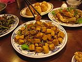 新店山東餃子館:小魚臭豆腐$200 小魚和豆腐炸的酥脆又香