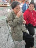 104.12.03清泉里-芳香深呼吸:講師上課-按摩12.JPG