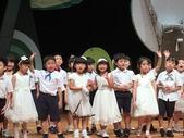 裕德幼兒園第十五屆畢業典禮:2016-07-16 20.55.28.jpg