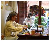 宜蘭國立傳統藝術中心:The master at work.jpg