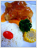 Two Fish Cafe 雙魚花園:Chicken with Thai Sauce