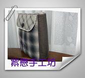 拼布-大包小包:站牌女孩玫瑰花三層斜背包1.jpg