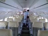 2011松山機場:福克50機艙.JPG
