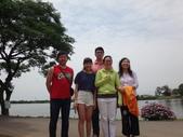 108年家庭活動:1080511母親節全家福.JPG