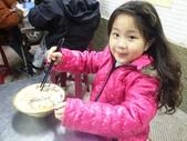 歆妤Baby-6~7歲:20120207-01 眼鏡鱔魚意麵.JPG