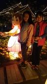 歆妤-9~10歲:20150307-025-佛光山燈會.jpg