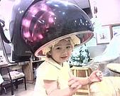 歆妤Baby-2~3歲:燙頭髮囉-也是我第一次落髮-嗚-嗚