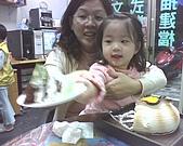 歆妤Baby-2~3歲:來~這盤請你吃!