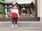 """歆妤Baby-2~3歲:今天我們要到南投去,路上經過環境很美的""""仙佛寺"""",所以停下來拜拜也欣賞一下風景."""