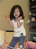 歆妤Baby-2~3歲:喔~~~~妳是我的花朵~~