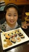 歆妤-9~10歲:20150402-002-米樂壽司.jpg