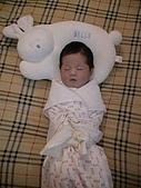 歆妤Baby-週歲前:我不是在睡覺,我是在沉思