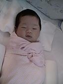 歆妤Baby-週歲前:睡自己的床真好