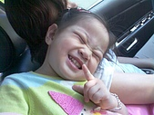 歆妤Baby-2~3歲:嘻-你又再給我偷拍了