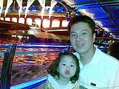 歆妤Baby-3~4歲:在這麼浪漫的愛之船上一定要來玩親親