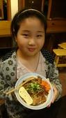 歆妤-9~10歲:20150402-003-米樂壽司.jpg