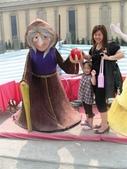 歆妤Baby-4~5歲:巫婆手上的蘋果可以拿起來喔!