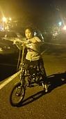 歆妤Baby-8~9歲:20140226-01 練習卡打車.JPG
