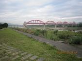 101205 騎自行車 大漢溪左岸~八里左岸:101205 008大漢溪左岸-板新大水管.jpg