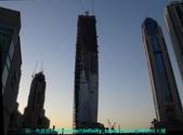 杜拜再起之舞向藍天的無限塔旋轉超高大樓:01杜拜Marina的無限塔超高旋轉大樓.JPG