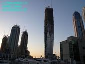 杜拜再起之舞向藍天的無限塔旋轉超高大樓:02杜拜Marina的無限塔超高旋轉大樓.JPG
