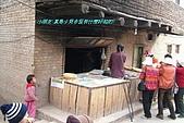 南北疆之56新疆的饢文化:08真是少見多怪有什麼好拍的.JPG