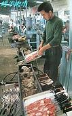 南北疆之56新疆的饢文化:10-2烤羊肉串.JPG