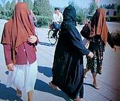 南北疆之49喀什女人:02-3沒頭沒臉的喀什女人1.JPG