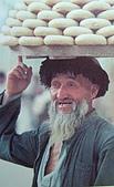 南北疆之45屋簷下的喀什(下):43-2販賣11.JPG