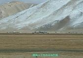 南北疆之完結篇《走在帕米爾高原上》:03雪山下河谷草甸村落.JPG