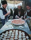 南北疆之45屋簷下的喀什(下):44-2食烤包子12.JPG