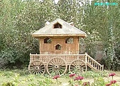 南北疆之42核桃王神木園:22園區維吾爾式樓台.jpg