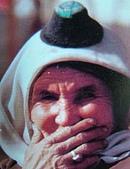 南北疆之49喀什女人:08-3喀什各民族女性皆愛帽子頭巾1.JPG