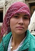 南北疆之49喀什女人:22喀什各民族女性皆愛帽子頭巾14.JPG