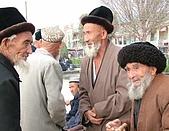 南北疆之45屋簷下的喀什(下):52長壽之城喀什老人.JPG