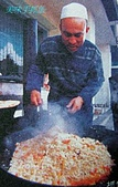南北疆之56新疆的饢文化:18美味手抓飯.JPG