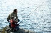 日誌用相簿5:1040425_給他魚 不如教他釣魚.jpg